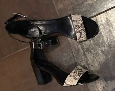 "NEW Calvin Klein ""Caliana"" Sandals Shoes Black Patent Leather Size 8 M"