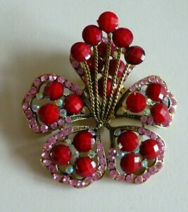 Stunning Ornate Brooch