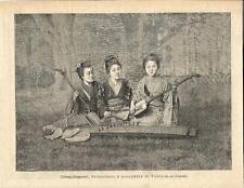 Stampa antica SUONATRICI BALLERINE del GIAPPONE musica 1895 Old antique print
