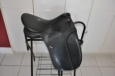 "18"" Wintec 250 Dressage Saddle"