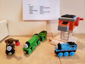 Thomas And Friends Wooden Railway.......ASSORTED PIECES!!!   NICE!!   Lot 3