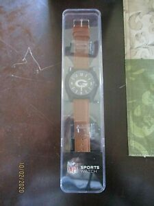 NEW NFL GREEN BAY PACKERS SPARO WRIST WATCH WITH BATTERY IN CASE,SECOND HAND