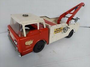 Nice!! Vintage Nylint Hi Way Emergency Tow Truck