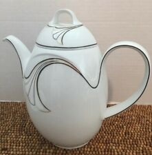 "Kaiser Germany Porcelain China HELSINKI Gold Black Tea COFFEE POT 8"" 5c/40oz EUC"