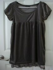 Japan Mouth Valley Grey Velvet Dress with Lace Trim Bottom