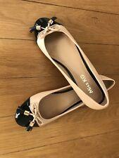 kurt Geiger Ladies Flats Size 8 UK