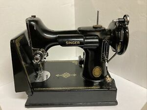 Vintage Singer Feather Weight Sewing Machine