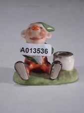 +# A013536 Goebel Archivmuster FZ28 Gnom, sitzend m. Tülle für kl. Kerze TMK1