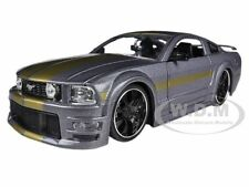 2006 FORD MUSTANG GT GREY W/GOLD 1/24 DIECAST CAR MODEL BY JADA 90658