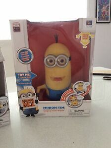 DESPICABLE ME MINION TIM - SINGING FULLY WORKING IN ORIGINAL BOX - Thinkway 22cm