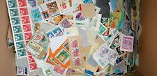 Kiloware Briefmarken a. Papier, verschiedene Länder, ca. 740 g, AW 136