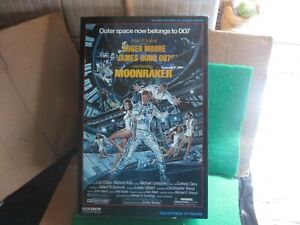 "SIDESHOW JAMES BOND 007 MOONRAKER 12"" FIGURE BOXED (LOT M84)"