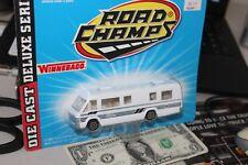 1996 Road Champs -White Winnebago RV Chieftain Camper- 1:43 - Die Cast Metal