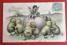 CPA. 1906. Joyeuses PÂQUES. Poussins Humanisés. Angelot. Boîte à Musique.Gaufrée