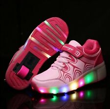 NUOVO Ragazze impennata Scarpe da ginnastica con luci a LED in rosa. UK venditore RUOTE A SCOMPARSA