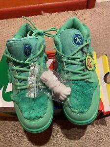 Nike sb dunk low Greatful Dead Bears Green Sz 9.5 ~No Reserve