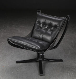 VINTAGE RETRO SIGURD RESELL LEATHER LOW BACK  FALCON CHAIR