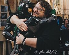 GUILLERMO DEL TORO SIGNED AWESOME 8X10 PHOTO A INCREDIBLE