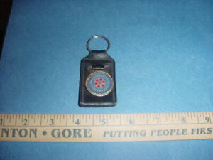 VINTAGE 1970s LEATHER/METAL KEYCHAIN ROTARY INTERNATIONAL MADE IN CANADA