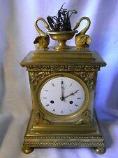 Empire Reloj de chimenea bronze-feuervergoldet Francia 1820