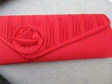 Fabuloso Damas Bolso De Noche Rojo Nuevo con etiquetas frontal plisado con flor