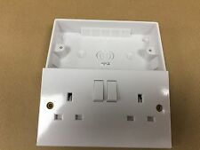 Double Wall Socket & Back Box Pattress. 2 Gang Twin Switched Plug Electrical