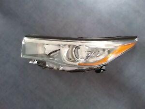 2015 Toyota Kluger Grande  L.H. Headlight H.I.D Genuine