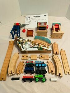 Thomas & Friends Wooden Railway Snowy Mountain Figure 8 Adventure Set COMPLETE!!