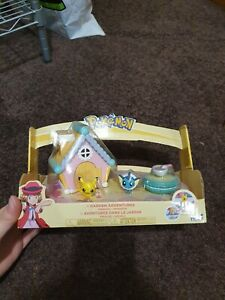 Pokemon Petite Pals Garden Adventures Playset Pikachu Vaporeon