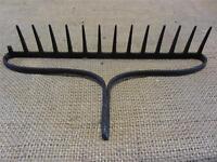 Vintage Iron Garden Rake > Coat Rack Kitchen Antique Farm Old Tool Tools 8853