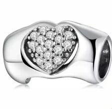 Corazón De Plata Esterlina /& Arrow con poco clave UK 925 nuevo 3D encanto encantos