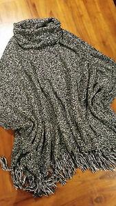 WhiteHouse BlackMarket knit Poncho Black/White szL/XL BNWOT free post D83