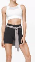 NWT Lululemon BREATHE IT IN BRA BLACK Size 4 Medium Support white free bag