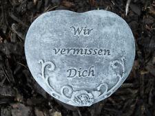 """Steinfigur Grabschmuck Herz """"Wir vermissen Dich""""  Frostfest Wetterfest Grab Deko"""