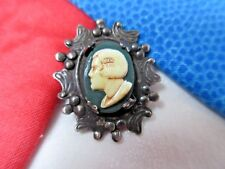 5587 – Stunning Framed French Beauty Cameo, Rococo Border, Vintage Sewing Button