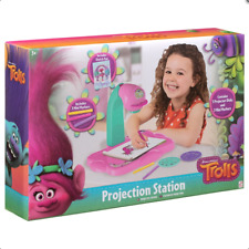 Trolls Tracing Drawing Projector Kid's Projection Station Draw Colour Set