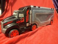Hot Wheels Matchbox Semi Truck Car Carrier 28 Vehicle Carrying Case Black Flames