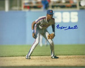 1986 WS CHamp New York  Mets Rafael Santana autographed 8x10 color photo