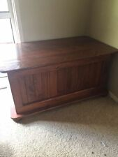 Pine Living Room Dressers & Chests of Drawers