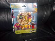 THE BEATLES K'NEX YELLOW SUBMARINE MODEL FIGURES AND INSTRUMENTS ALL 4 FAB FOUR