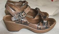 Dansko Ankle Strap Sandals Clogs Sz 38 7.5/8 Brown Leather Nursing Comfort Shoes