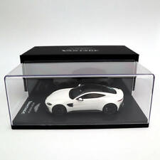 1:43 Aston Martin Vantage 2018 White Resin Limited Edition