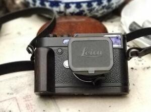 Handmade Blackwood Wooden Hand Grip L Base Plate Holder 1/4 for Leica M10 Camera
