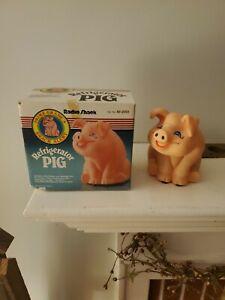 Refrigerator Pig Vintage Radio Shack Novelty light sensor Diet aid