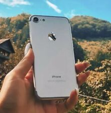 Apple iPhone 7 - 32GB - Silver - (Unlocked) - Mint Condition