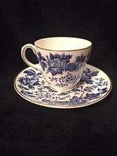 Rare WEDGWOOD LOTUS FLOWERS Teacup & Saucer, Excellent