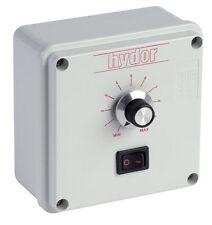 Fan Speed Controller Electronic Type 3.0 Amp 690W 230V