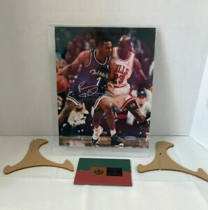 ANFERNEE HARDAWAY UPPER DECK AUTHENTICATED AUTOGRAPH SIGNED 8X10 JORDAN GUARDING