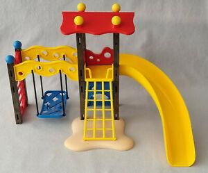 Playmobil Zubehör - 1 Spielplatz / Kinderspielplatz mit Kletterturm und Rutsche