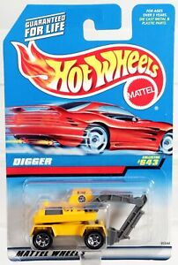 Hot Wheels Digger 1997 Model Series #95544 Never Removed from Pack Yellow 1:64